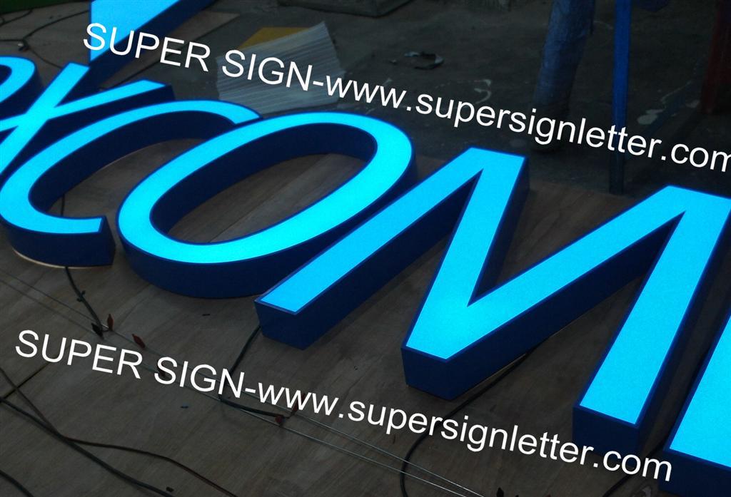 frontlit LED letters 01