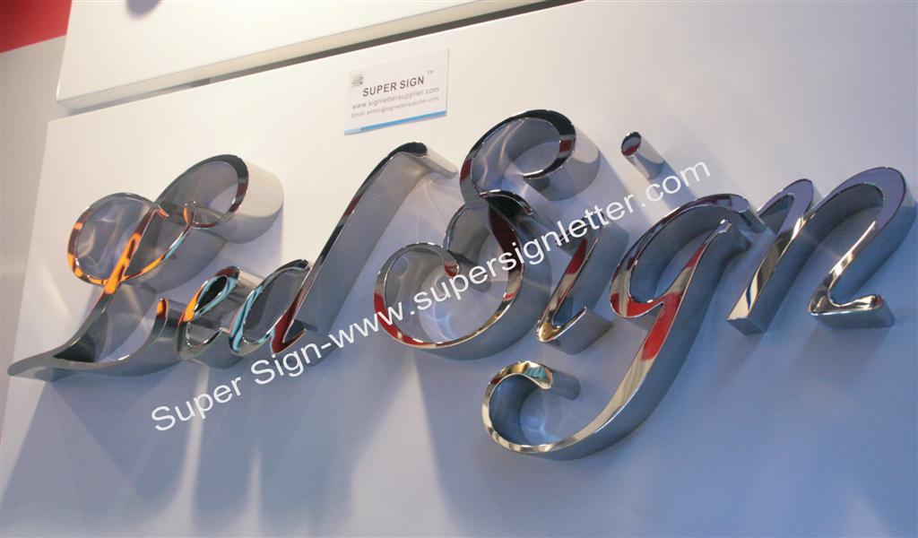 Polished mirror stainless steel letter